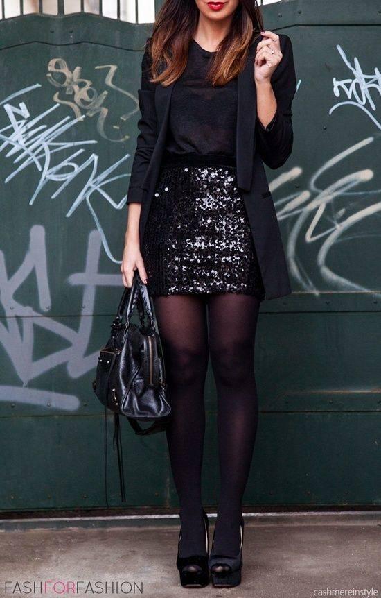 como combinar un vestido negro 5 outfits para cualquier. Black Bedroom Furniture Sets. Home Design Ideas
