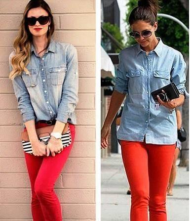 combinar pantalon rojo con mezclilla