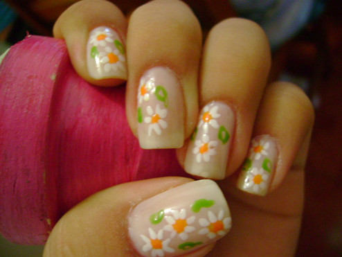 uñas con flores facil
