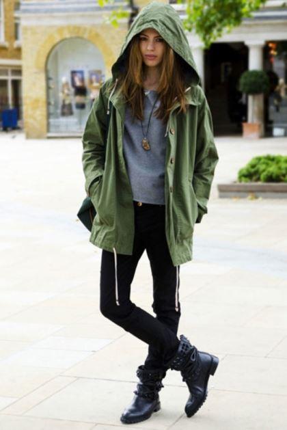 outfit para lluvia mujer