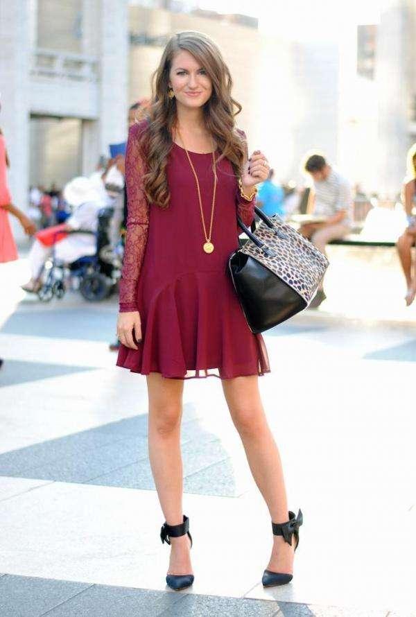 79703b4404 Cómo combinar un vestido color burdeos 4 Outfits INCREÍBLES