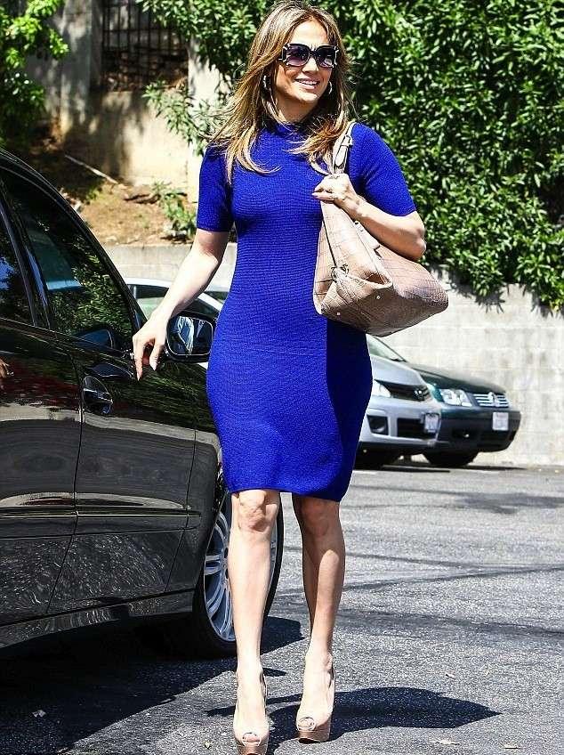 Zapatos para combinar con vestido azul oscuro
