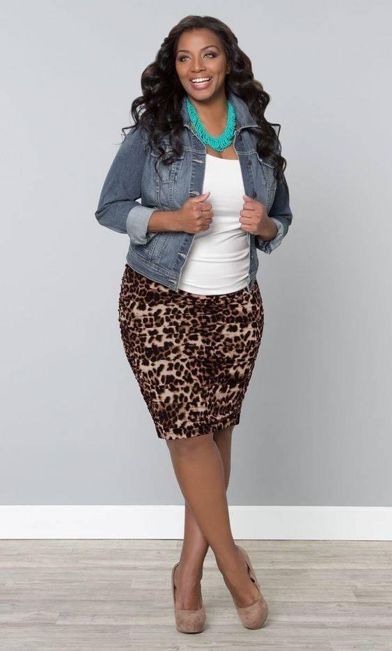 751563bb8 Faldas para Gorditas: Estilos en Moda Casuales y Elegantes